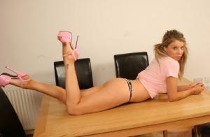 Naked Girlfriend Ass Pics