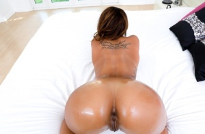 Oiled Naked Ass Pics