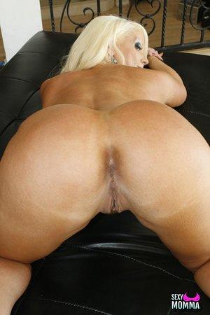 Naked Mom Ass Pics