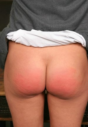 Spanking Nude Ass Pics