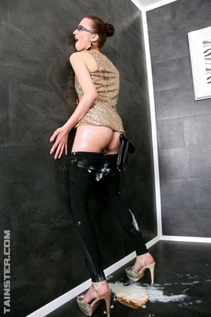 Naked Bukkake Ass Pics